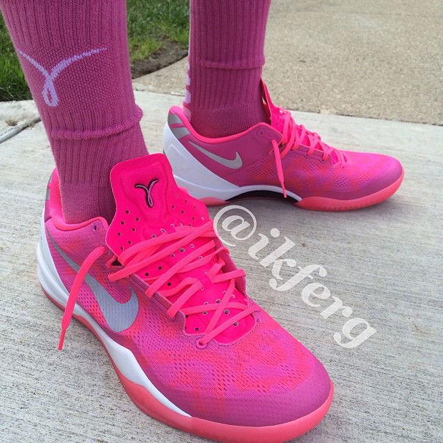 """Kobe 8 System """"Think Pink"""